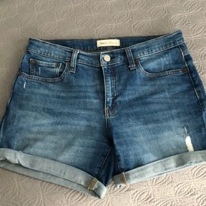"Gap distressed denim 5"" shorts"